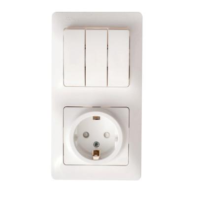 Кунцево-Электро СЕЛЕНА блок комб, (1 роз+3 кл,выкл) СУ бел, земля